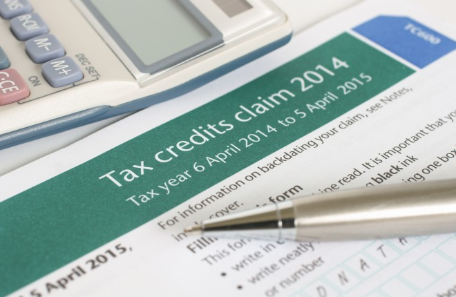 tax credits Federal tax credits help families, workers, and other taxpayers pay less taxes find out how to save money on working, raising a child, and going to school.