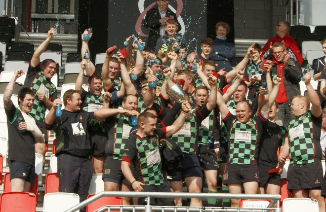 Stephen Baxter, Valley skipper lifts the Town's Cup for Clogher valley   SH