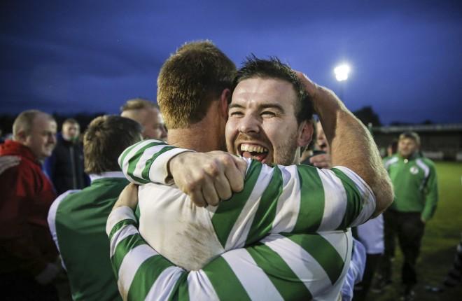 Mark Sloan celebrates winning the 2015 Mulhern cup.
